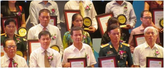 Ông Nguyễn Việt Trung, Tổng giám đốc công ty TNHH Minh Phúc, tại lễ trao giải